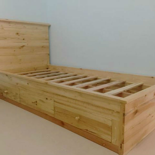 Tempat Tidur Minimalis Dari Kayu Jati Belanda