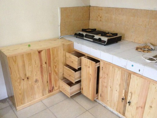 Contoh Model Kitchen Set Kayu Jati Belanda