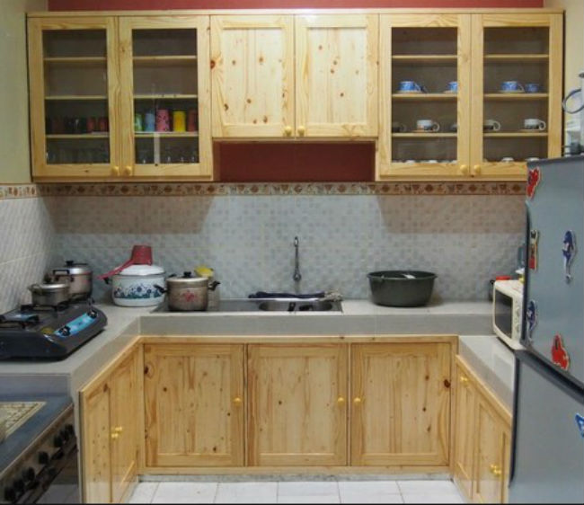 Model Kitchen Set bahan Kayu Jati Belanda
